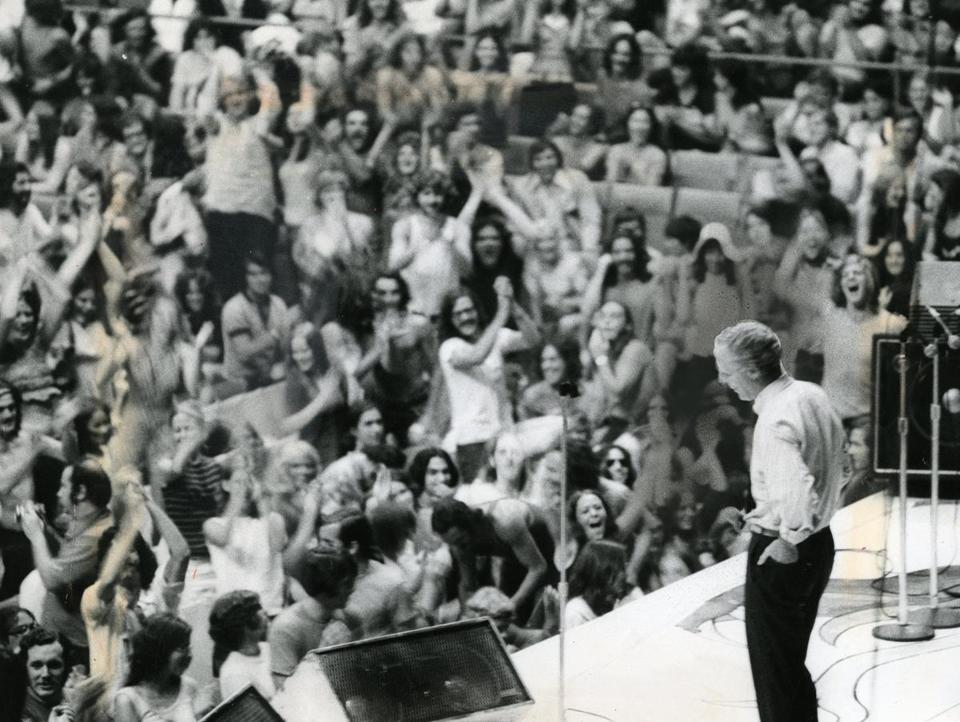 July 18, 1972: Boston Mayor Kevin H. White addressed the increasingly restless crowd at Boston Garden. as they waited for the Rolling Stones.
